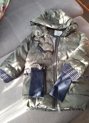 Крутая куртка цвета хаки