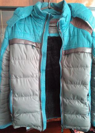 Куртка зимняя на меху б\у