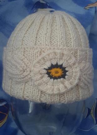 Вязаная шапка, декор, шерсть