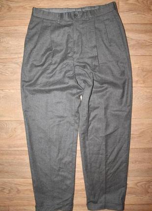 Подарю шикарные брюки loro piana enrico hilton cashmere/wool   33-34 размер