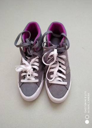 Высокие кроссовки,кеды, ботинки