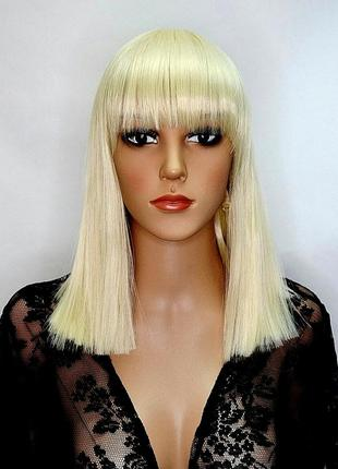 Парик блонд ровная челка