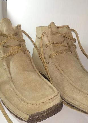 Абсолютно новые зимние ботинки monarch. натуральная замша.натуральный мех (цигейка)