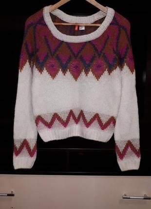 Тёплый свитер в принт раз.l