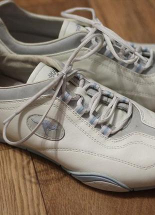 Кроссовки из натуральной кожи кangaroos 39-40