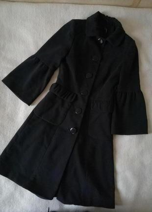 Шикарное женственное черное пальто, рукав фонарик,