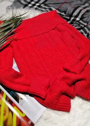 Безумно красивый красный свитер  / джемпер на плечики primark
