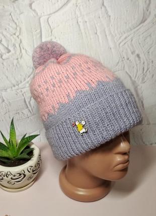 Зимняя шапка с узором жаккард