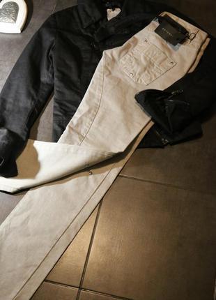 Фирменные джинсы, демисезонные брюки