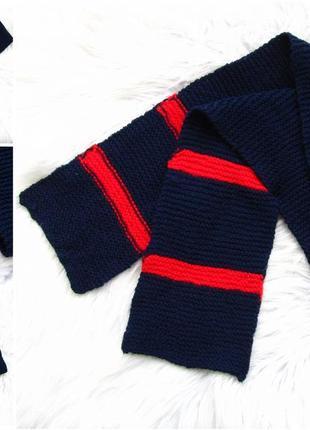 Стильная теплый шарф.