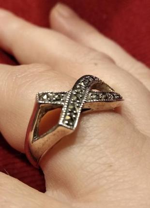 Серебрянный женский перстень 18,5