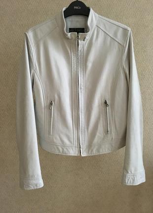 Белая кожаная куртка италия