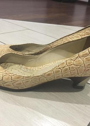 Туфлі балетки baldinini2 фото