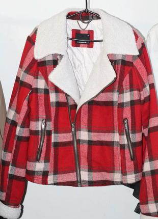 Яркая и стильная куртка-косуха fishbone 50-52