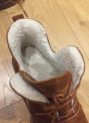 Продам зимние ботинки basconi