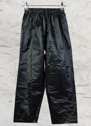 Черные объемные штаны из плащевой ткани, спортивные штаны на кнопках