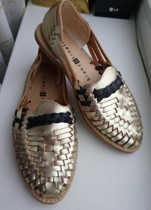 Босоножки ,туфли,лоферы,кожа
