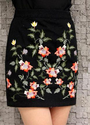 Красивейшая юбочка вышитая цветами