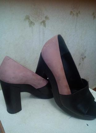 Шикарные кожанные туфли с открытым носком