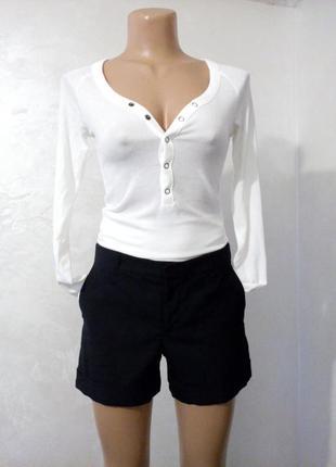 Коротки, чёрные, с подворотом шорты zara