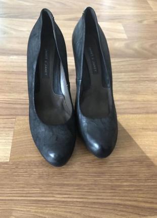 Туфли,туфельки на каблучках,каблуке,кожаные