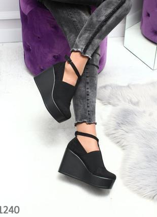 Замшевые женские туфли черные на танкетке 35,36,37,38,39,40