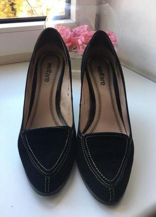 Чёрные замшевые туфли welfare
