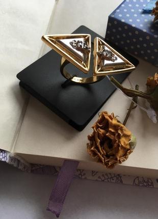 Массивное регулируемое кольцо pilgrim