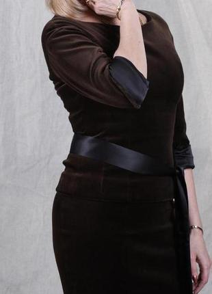 Костюм женский велюровый. цвет шоколад. размер 44.