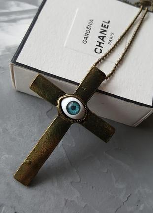Крест подвеска с синим глазом на цепочке новая