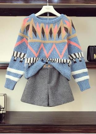 Комплект свитер +шорты