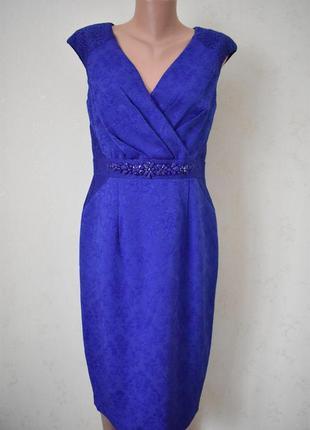 Шикарное новое платье с украшением