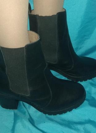 Стильные кожаные демисезонные ботинки h&m р 39