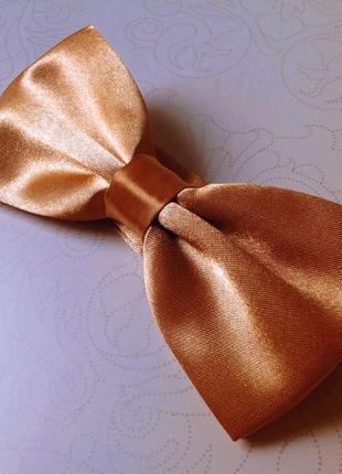 Бабочка золото галстук