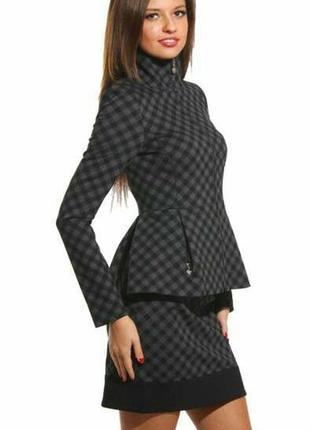 Костюм италия брендовый оригинал пиждак юбка