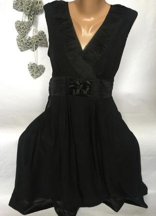Шикарное платье на подкладке 100% шёлк
