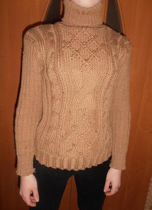 Стильный вязанный свитер .  hand made .