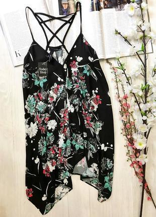 """Чорна """"хвостата"""" блуза від бренду bershka"""