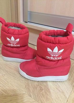 Зимові дутики adidas оригінал / зимние сапоги чобітки