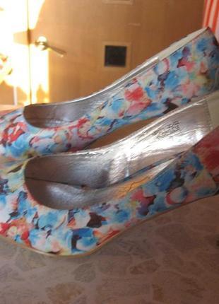Летние текстильные красивые туфельки