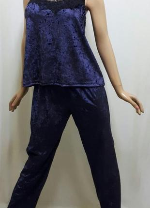 Пижама велюровая с брюками с кружевом
