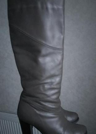 Кожанные сапоги на каблуке зимние мех мокко