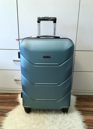 Акция!! чемодан средний wings! польша. голубой