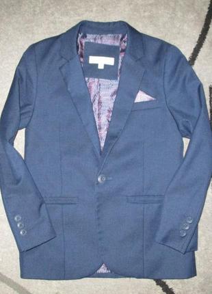 Хорошенький синий пиджачок фирмы john rocha на 7-8 лет