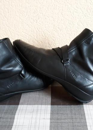 Ботинки, полусапожки кожаные демисезонные.ессо.