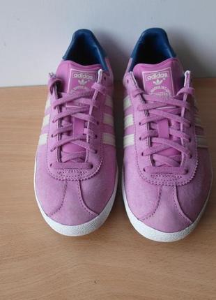 Кроссовки адидас (adidas),  р.38  длина стельки 24 см.