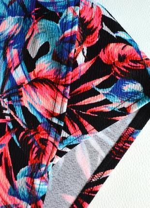 Новый  яркий костюм в цветы,топ и юбка2