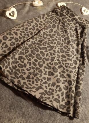 Стильна крута юбка