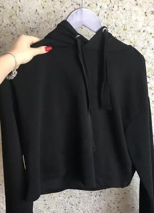 Базовое черное укороченное худи от h&m