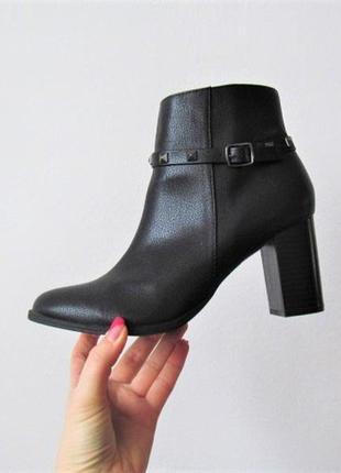 Новые осенние ботинки/средний каблук